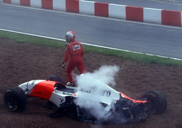 Michael andretti crash mclaren 1993